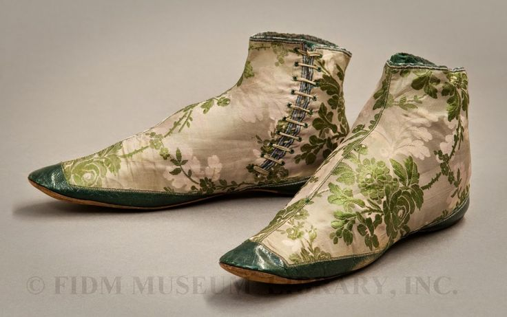 In the Swan's Shadow: Evening boots, 1850-55
