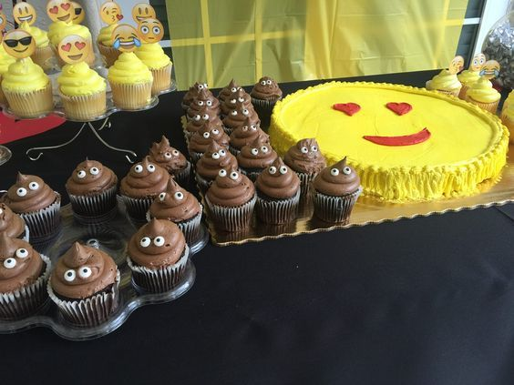 Emoji party ideas: Publix cookie cake and cup cakes, Party City cupcake  eyes,