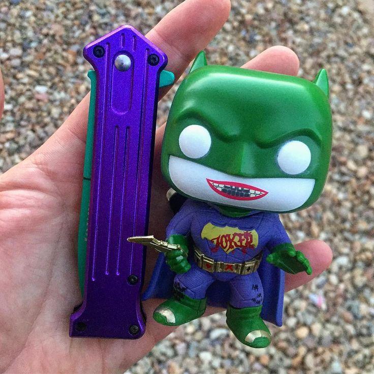 Got a joker knife off amazon last week! Goes nicely with joker Batman! #joker #knife #batman #suicidesquad #funko #funkopop #dccomics #funkopops #funkoaddict #funkomania #thejoker #haha #hahahaha
