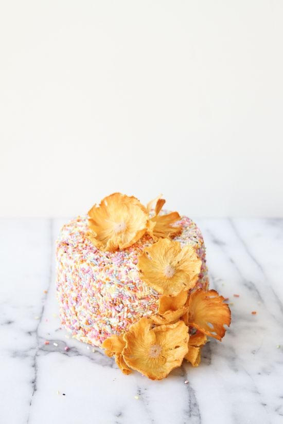 DIY Pineapple Flower Cake Toppers   papernstitch