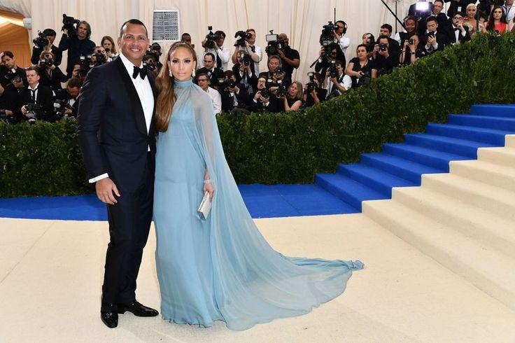 Alex Rodriguez & Jennifer Lopez @Met Gala 2017