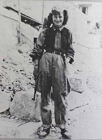 Female sniper partisan