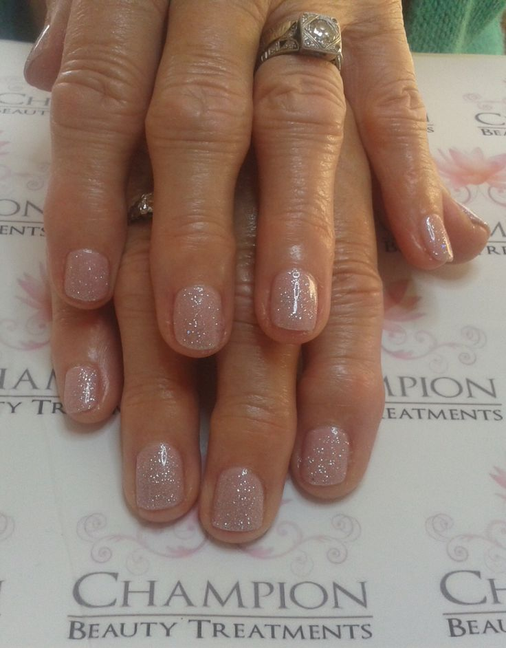 A dry manicure complete with CND Shellac 'Blush Teddy' & 'Ice Vapor' nail polish.