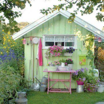 cabane-de-jardin-verte