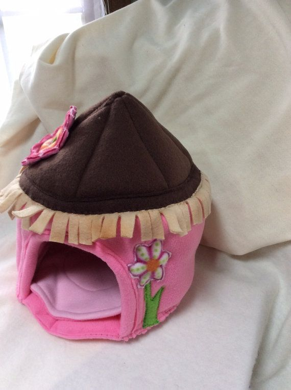 A Fleece Beach Hut for your small pet..ie Hedgehog, Sugar Glider, Hamster, Rat, Guinea Pig, Ferret and more! *** This is a Custom Order Item*