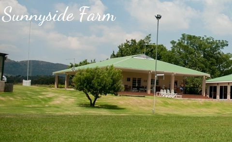 Sunny Side Farm is an exclusive retreat on the banks of the Vaal river. Also River Cabin &  stylish tent accommodation.