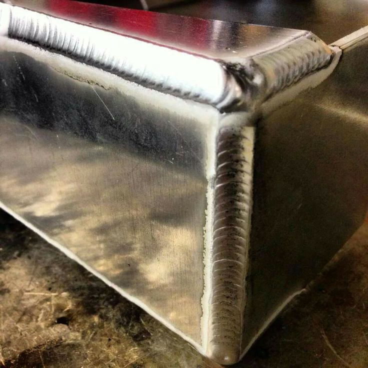 weld for an aluminum tank look how shiny it