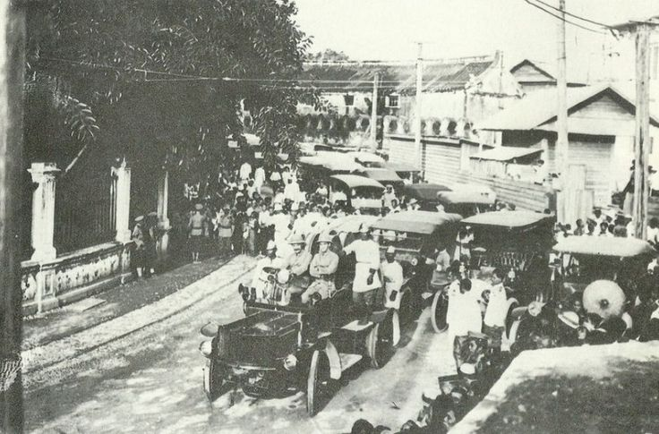 Secene from the celebration of the 40th anniversary of the first electric trams in Bangkok, 1907 - Wat Ratchaburana Ratchaworawihan walls to the left. |   Siam, Thailand & Bangkok Old Photo Thread - Page 224 - TeakDoor.com - The Thailand Forum