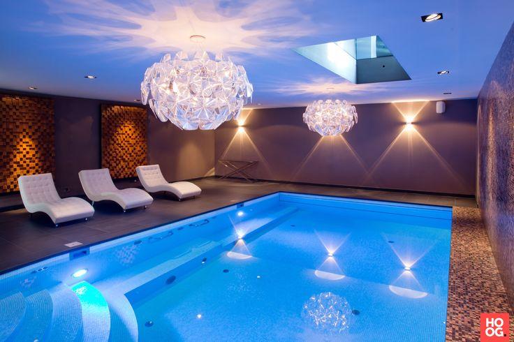 Elzen Zwembaden is gespecialiseerd in het ontwerpen, renoveren, realiseren en onderhouden van buiten- en binnenzwembaden en wellnessinrichtingen | swimming pool ideas | Hoog.design