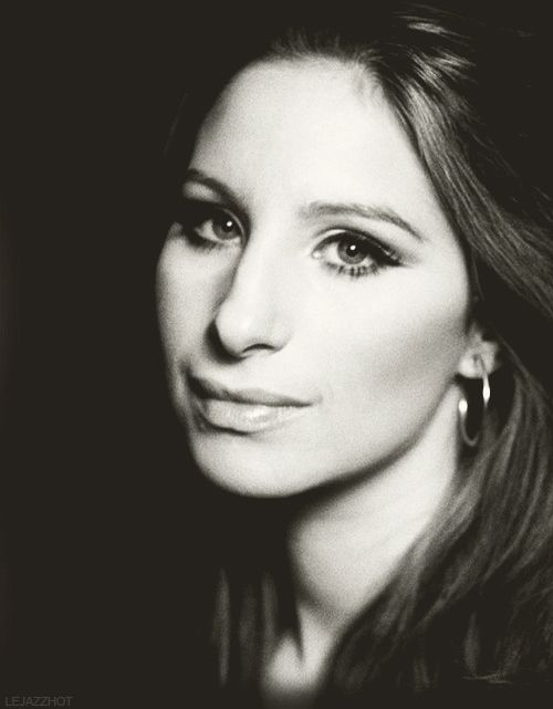 Barbara Streisand. Beautiful picture, beautiful singer.