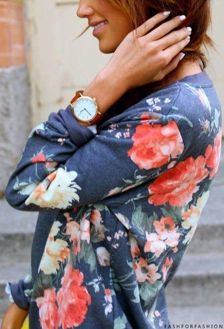 Купить товарСвободного покроя 2015 осень женщин пуловер с капюшоном о образным вырезом с длинными рукавами с капюшоном пальто женские цветочный печатные толстовка топы в категории Толстовки и кофтына AliExpress.  Случайные 2015 осень Женская пуловер с капюшоном O-шею длинным рукавом с капюшоном пальто женские цветочные печатных То