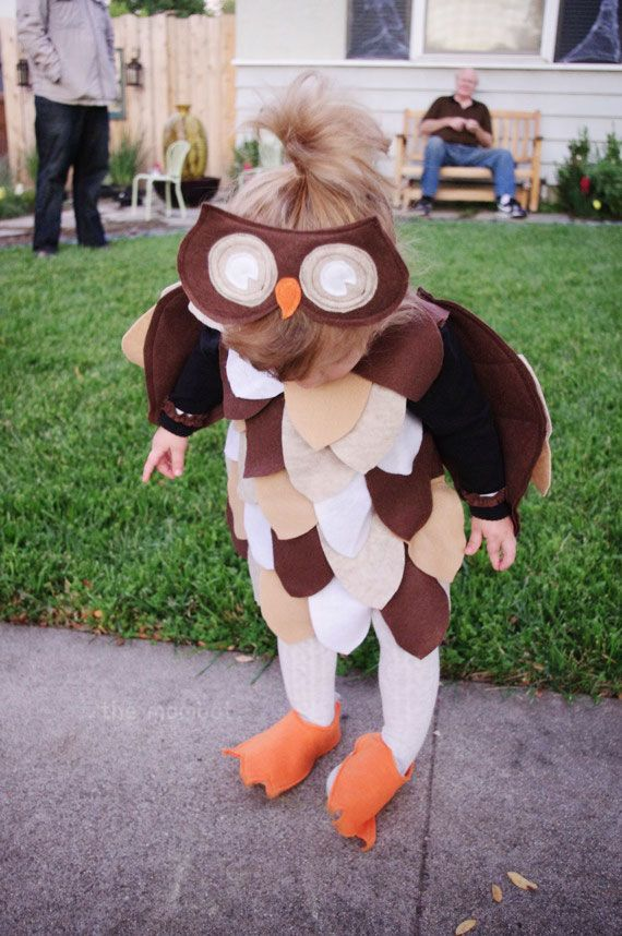 DIY owl Halloween costume | TheMombot.comhttp://themombot.com/crafting/2012/09/12/diy-owl-halloween-costume