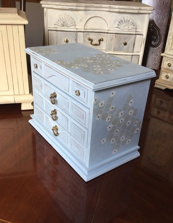 Shabby Chic Jewelry Box // Painted Jewelry by ByeByBirdieDesigns