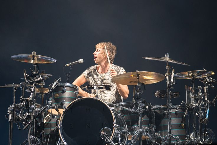 Dom Howard  Live @ Energy Solutions Arena USA 09/19/2013 Pix by Logan Sorenson