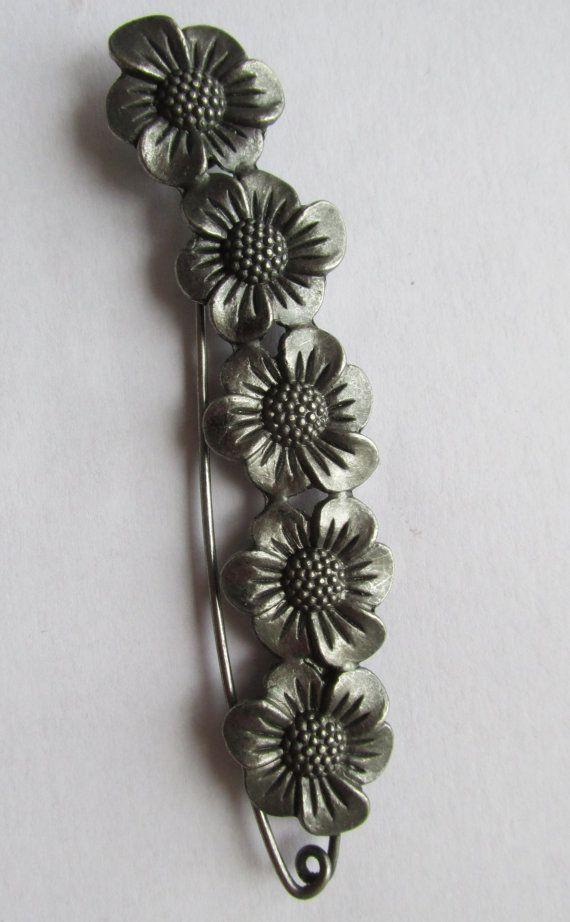 Flower Shawl Pin / Kilt Pin by TheIrishKnittingRoom on Etsy