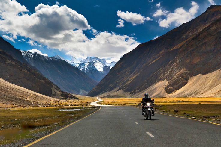 Ladakh Kashmir Motorbike Tour