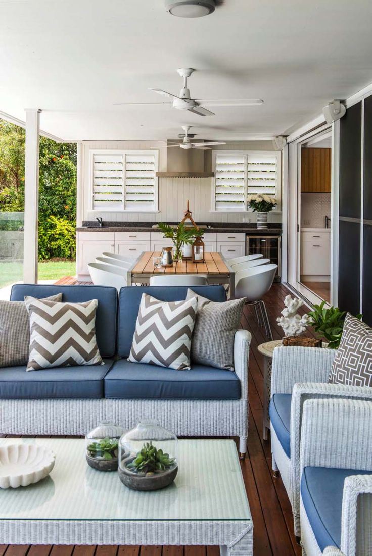Outdoor Living Room Furniture 17 Best Ideas About Traditional Outdoor Sofas On Pinterest