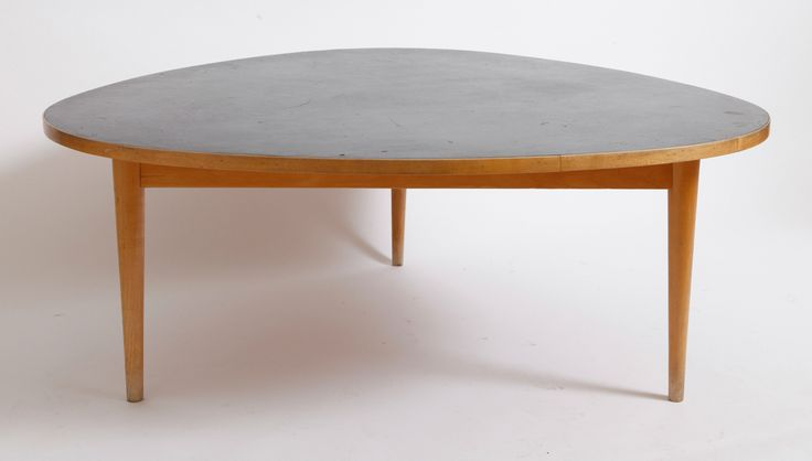 Table by Max Bill - Alexis Vanhove | Brussels