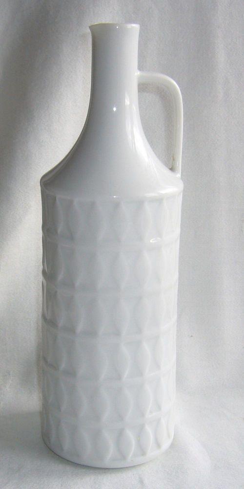 Hutschenreuther Selb GERMANY Kunstabteilung Porzellan Vase, weiß, Relief,