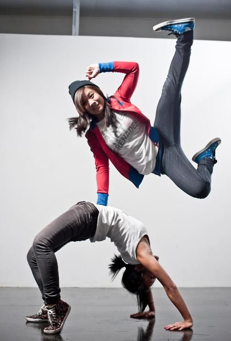 Awesome move - have used this is in my hiphop choreo ♪♫ www.pinterest.com/wholoves/Dance ♪♫ #dance