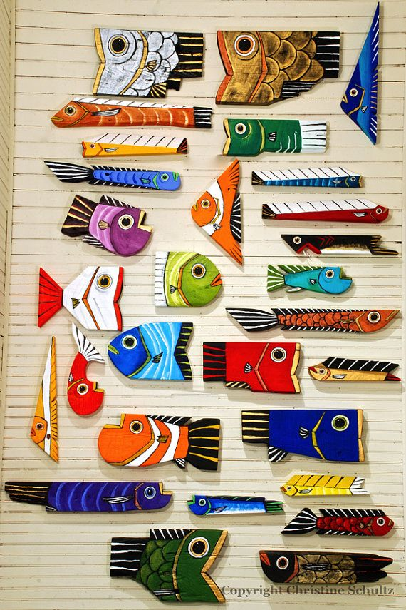 Wood Fish Art Painted Purple Home Decor por TaylorArts en Etsy