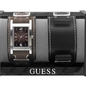 Coffret GUESS montre homme avec un bracelet, Superbe coffret GUESS, composé dune montre en Acier, livrée avec deux bracelets en Cuir interchangeables au gré de vos envies et de vos tenues. Une idée cadeau originale et tendance...sur www.shopwiki.fr ! #fete_peres #coffret_cadeau #cadeau #papa #montre