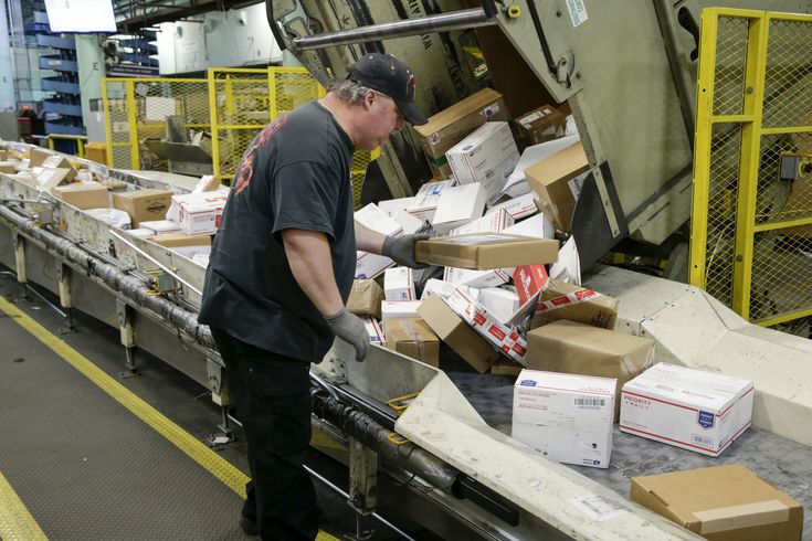 It was easy for investigators working under Sens. Rob Portman and Tom Carper to find online fentanyl dealers abroad who rely on the U.S. mail.