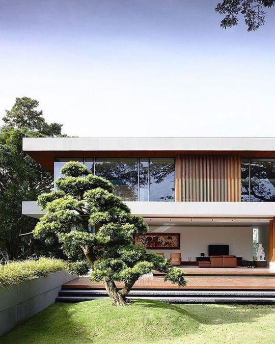 Modern residence | contemporary lines architecture | www.bocadolobo.com #modernarchitecture #modernbuildings