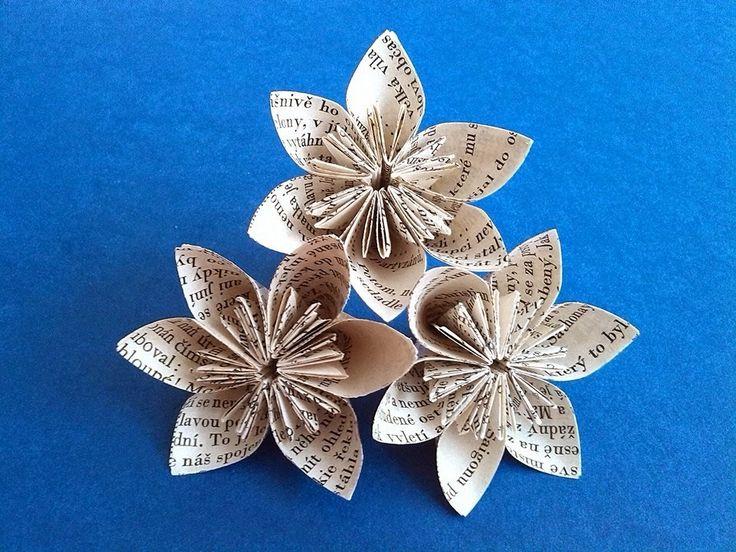 DIY recyklace - květiny z papíru old paper flowers