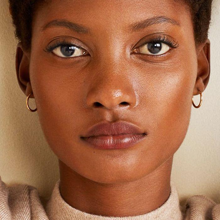 Die 10 besten Gesichtsmasken für ein nahezu poröses Aussehen der Haut