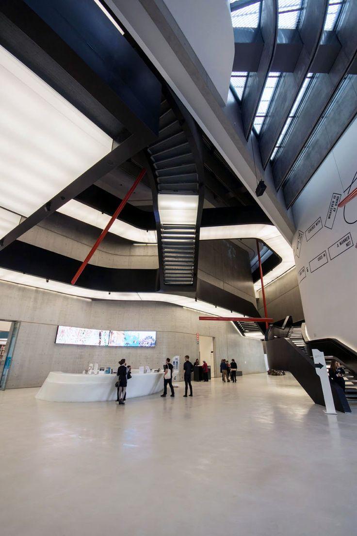 MAXXI museum Rome Zaha Hadid Inexhibit 32b