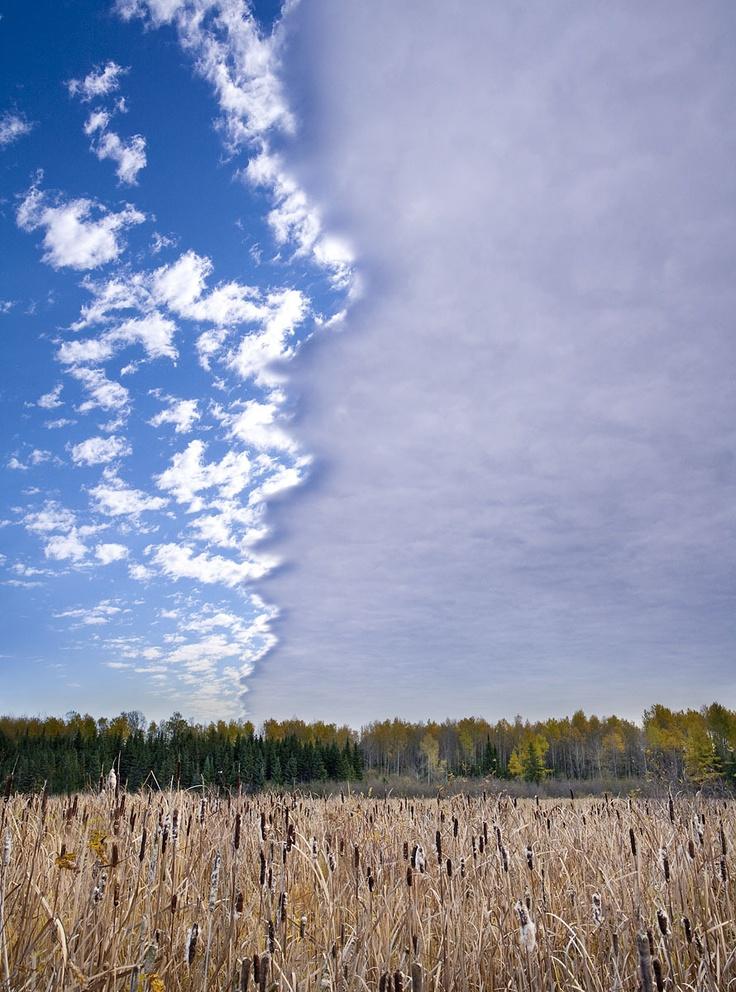 Ciel spectaculaire / Stunning sky, Abitibi-Témiscamingue, Quebec, Canada Photo : Mathieu Dupuis www.mathieudupuis.com    #abitibitemiscamingue #quebec #canada #paysage #landscape #mathieudupuis #mathieudupuisphotographer #travel #voyage #travelphotographer