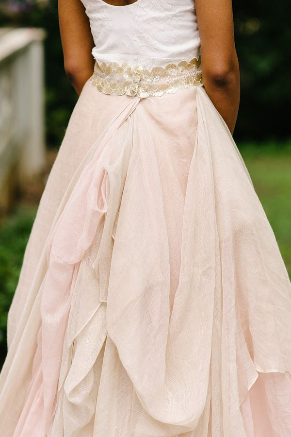 amazing linen skirt // photo by Michelle Landreau // http://ruffledblog.com/the-notwedding-atlanta