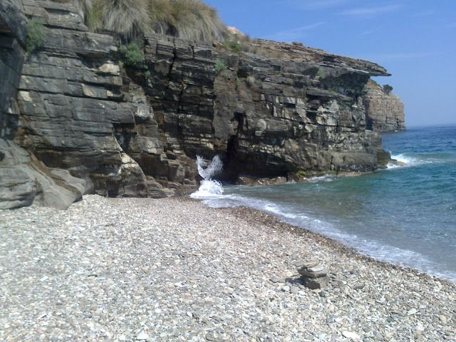 Άρωμα Ικαρίας: ΙΚΑΡΙΑ: Παραλία Πλαταμώνας τα μυστικά της Ικαρίας ...