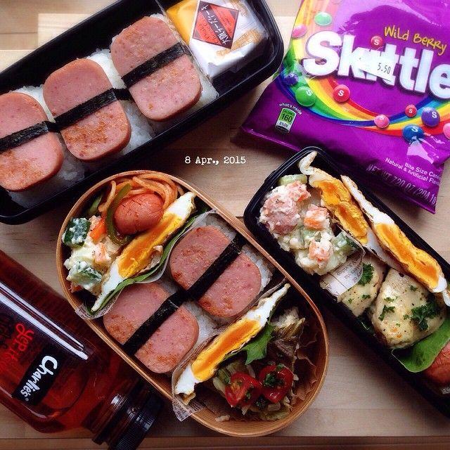 #cooking#food#foodie#igphoto#instafood#yum#yummy#yummypic#料理#料理写真#onmytable#obento#bento#お弁当#弁当#lunch#lunchbox#ランチ#ランチボックス#暮らし#coi_ben * * 2015/4/8 | おはよう☀️☁️ * オーストラリアの食生活はとてもシンプルで 朝はシリアルがほとんど。 学校に行ってから10時くらいに morning tea という時間があって 軽い食事かおやつのような物を食べるんだとか。 お昼はだいたいマザー(たまにお父さん)が作ってくれたハムとチーズを挟んだサンドウィッチとおやつ。 まだこれは食事らしい食事で、他のお宅はポテトチップスなどのお菓子がランチってとこもあったとか。 面白いのは金曜の夜は魚を食べるって決まりがあったこと! * * 娘曰く 『自分はつくづく日本人なんだなと思った。』 日本の食生活にありがたみを感じたそうです。 * * お弁当を当たり前のように食べれるって事がどれだけ幸せな事か… 少しはわかったのかな… * *