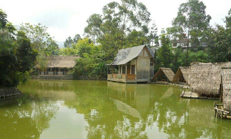 Wisata Sapu Lidi Lembang