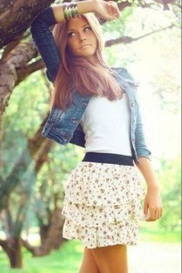 ♥: Fashion, Floral Skirts, Summer Outfit, Summer Looks, Style, Jeans Jackets, Denim Jackets, Cute Outfit, Spring Outfit