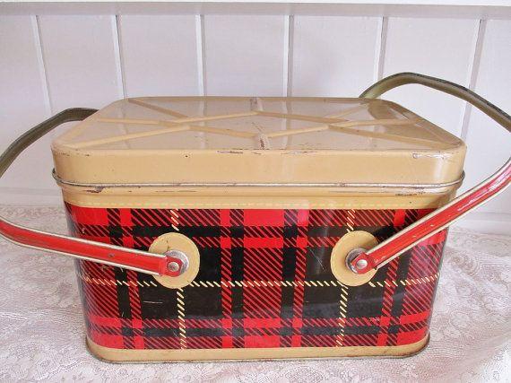 Vintage Christmas plaid metal picnic box by EnglishGardenTeaShop