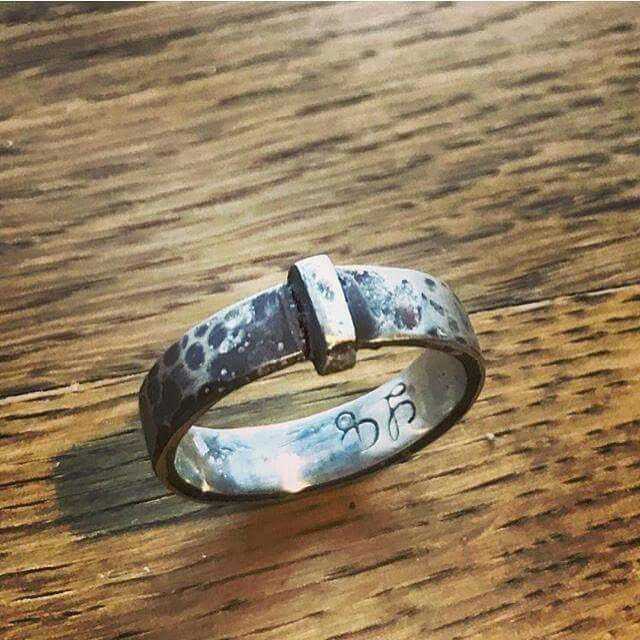 Claire's wedding ring, made from the key to Lallybroch