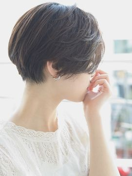 【butterfly常盤大地】2017 夏 秋 黒髪の前下がりショートボブ - 24時間いつでもWEB予約OK!ヘアスタイル10万点以上掲載!お気に入りの髪型、人気のヘアスタイルを探すならKirei Style[キレイスタイル]で。