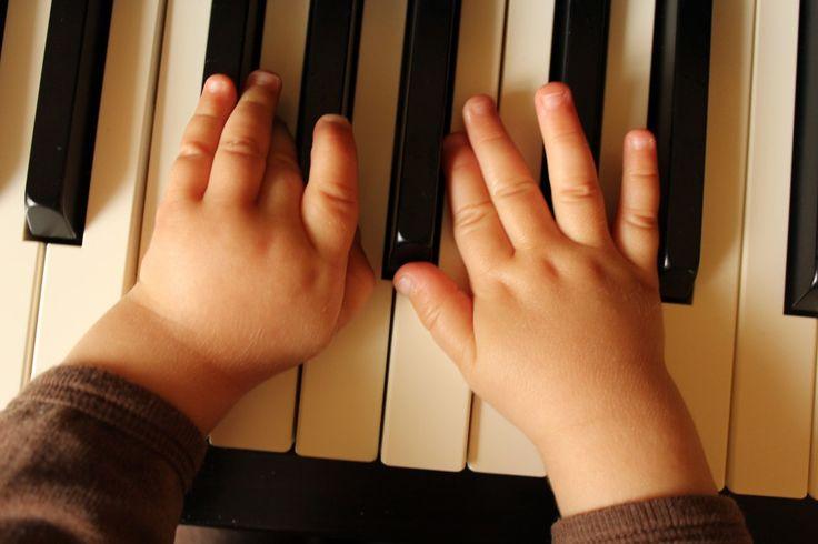 BABY IN MUSIC SCHOOL #babyinmusicschool #musicschool #yamahamusicschool #yamaha #musiceducation #musicalbabies