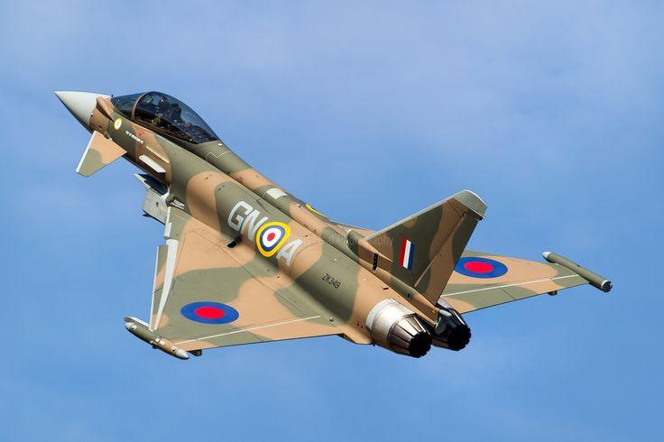 Battle of Britain Anniversary 'Camo' Typhoon, ZK349, Synchro Pair