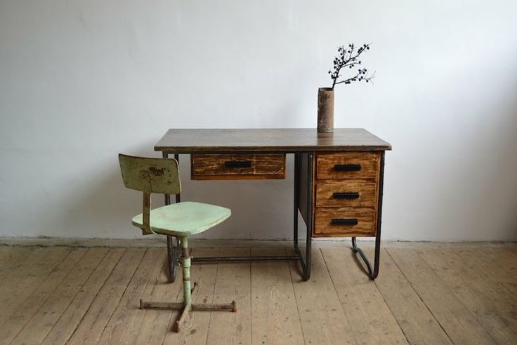 Bauhaus medical desk - artKRAFT