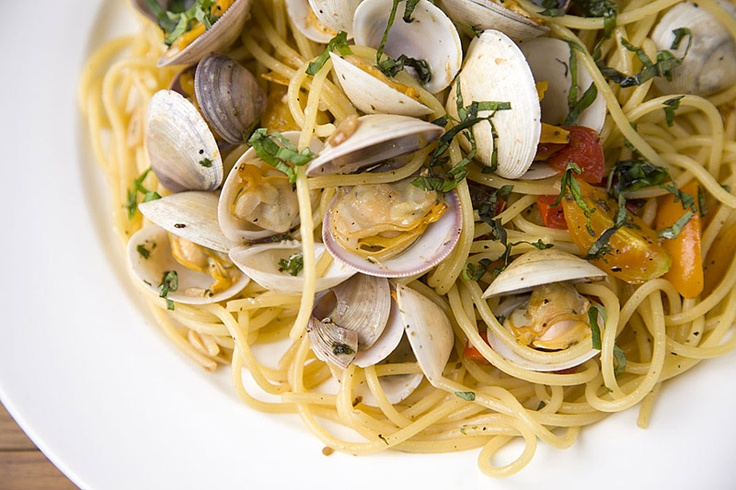 Pasta alle vongole as Mrs. Jones prepared in Fifty Shades of Grey page 483