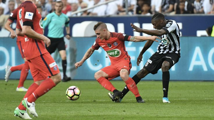 Angers - PSG, pressing sur Verratti #Angers #FanEngagment #9ine @Angers