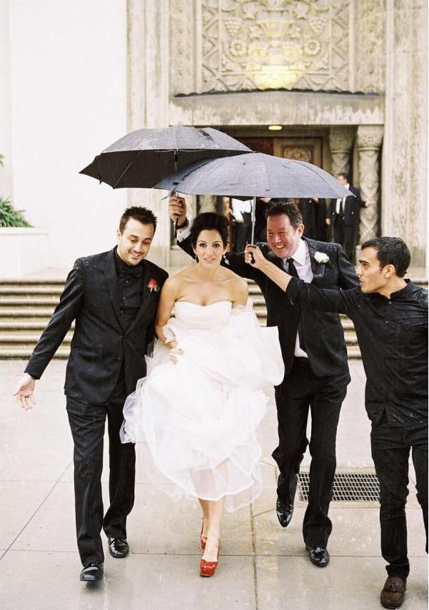 """""""Моя большоя греческая свадьба"""" – классическая свадьба в черно-белом стиле"""