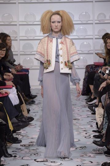 Bertrand Guyon's second Haute Couture collection for Schiaparelli - Silhouette 12