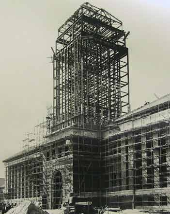 September, 1933. The new University Library building at Cambridge being constructed under the design of architect  Sir Giles Gilbert Scott, who also designed the classic telephone kiosk.