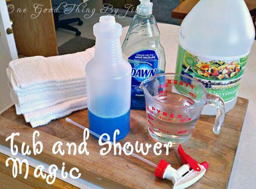 How to make a powerful homemade shower cleaner shower for Homemade bathroom cleaner vinegar dawn