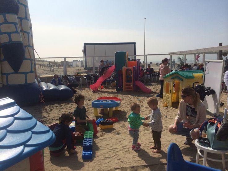 LEUK Voor de kids , The place to be in Kijkduin! (Strandclub Leuk)